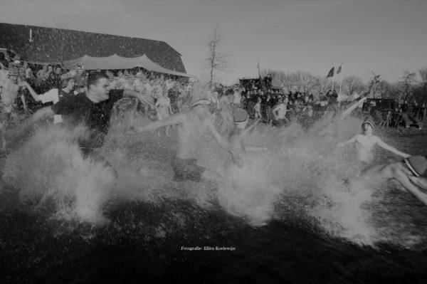 nieuwjaarsduik-slijk-ewijk-watergoed-kopie
